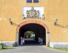 ゴール旧市街への入り口