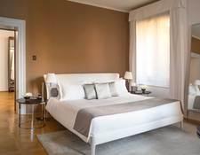 パラッツォのベッドルーム